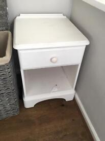 Wooden bedside cabinet in white - good condition