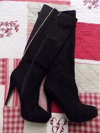 Black Aldo Size 6 Knee High Boots