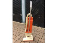 Jayes heavy duty Vacumme cleaner with bags