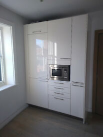 Complete cream kitchen - units and appliances