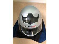 LS2 Motorbike helmet, silver, small