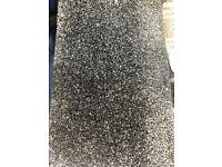 Charcoal saxony carpet rollend £59!!