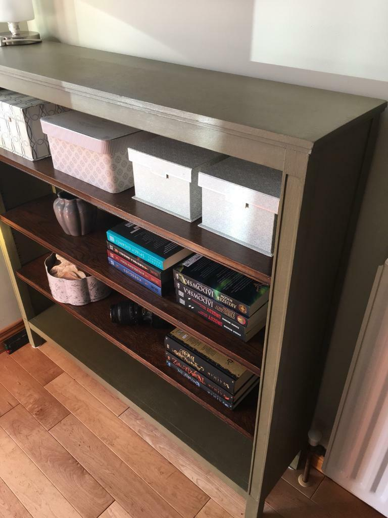 Wood unit with mirror