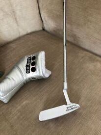Brand New Scotty Cameron Select Newport 2 putter unwanted gift