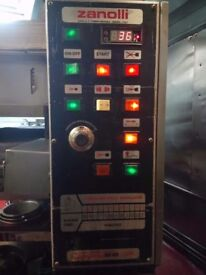 Zanolli 21inch pizza oven Synthesis 08/45 gas good condition and serviced ready to go