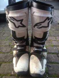 Apinestar tech 10 boots
