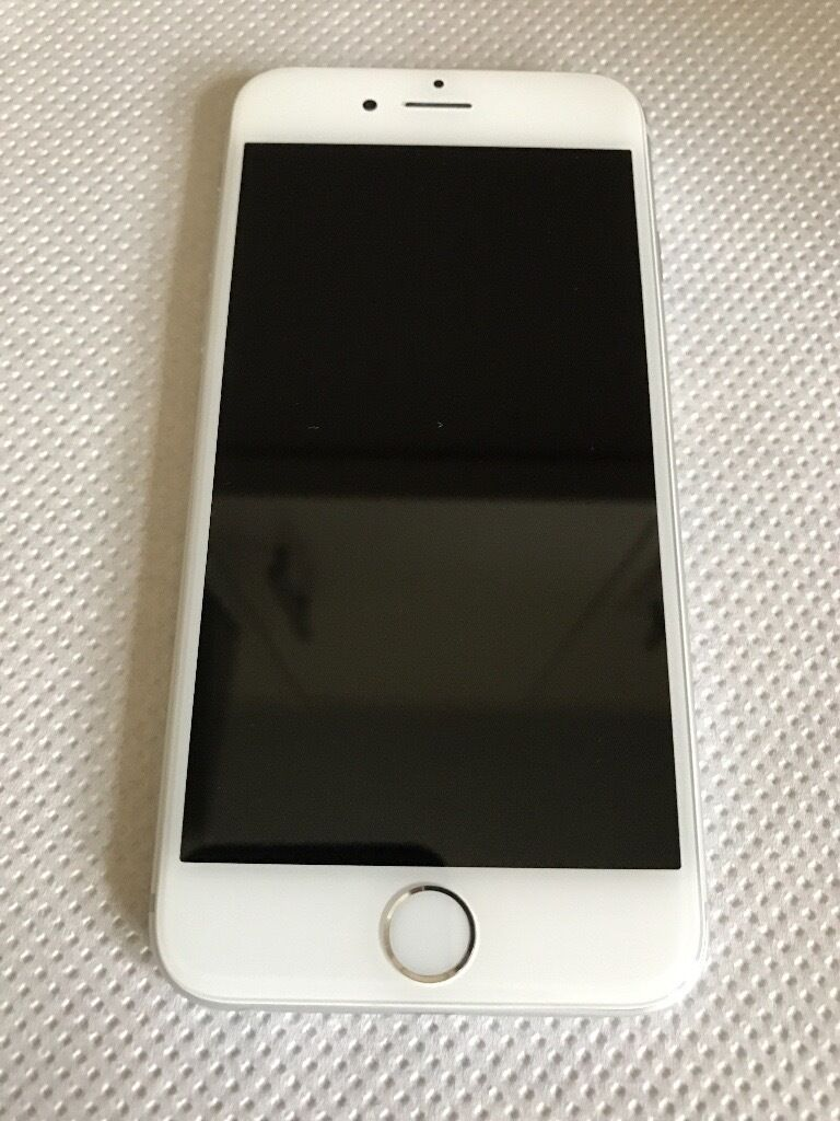 APPLE IPHONE 6 (SILVER) 64GB200in Woking, SurreyGumtree - Apple IPhone 6 (SILVER) 64gb for sale (£200). Phone Screen and front in immaculate condition with no visible scratches whatsoever, only minor cosmetic scratches on the back and side which despite always being kept in an iPhone case have somehow...