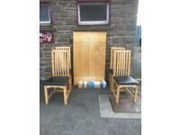 Solid oak dining table & 4 chairs * free furniture delivery*