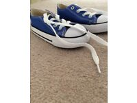 Boys converse brand new size 7