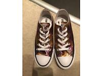 Converse Low Tops metallic pink/Gold, Size 3