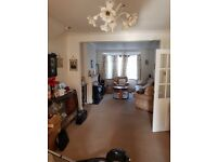 3 BEDROOM HOUSE LARGE GREAT AREA