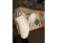Fred Perry plimsoles size 6