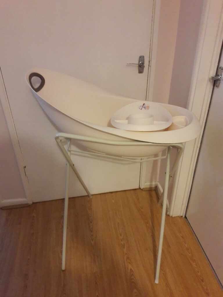 Baby Bath Stand with Bath & Top Tail Bowl | in Chesham ...