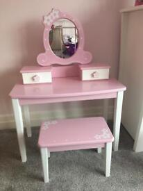 Pintoy Child's dressing table £75 NOW SOLD