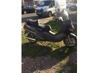 Piaggio x9 125 starts and runs but has problem