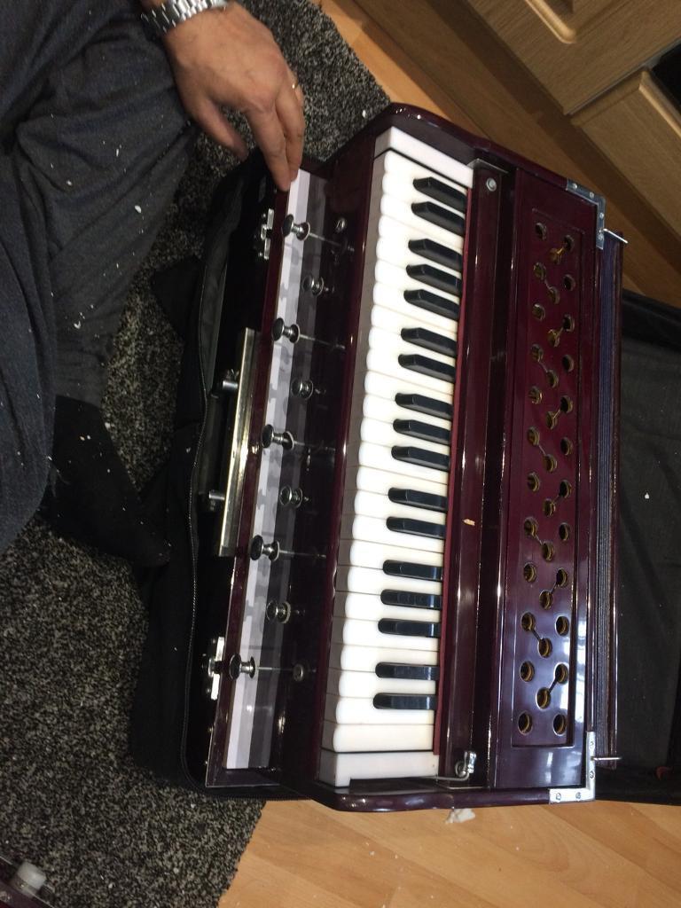 Musical instruments Harmonium | in Hayes, London | Gumtree