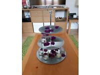 8 Mirrored cake stands