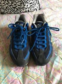 Size 4 uk woman's shoe bundle. (7 pairs)