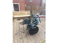 Peavey drum set and silence pads