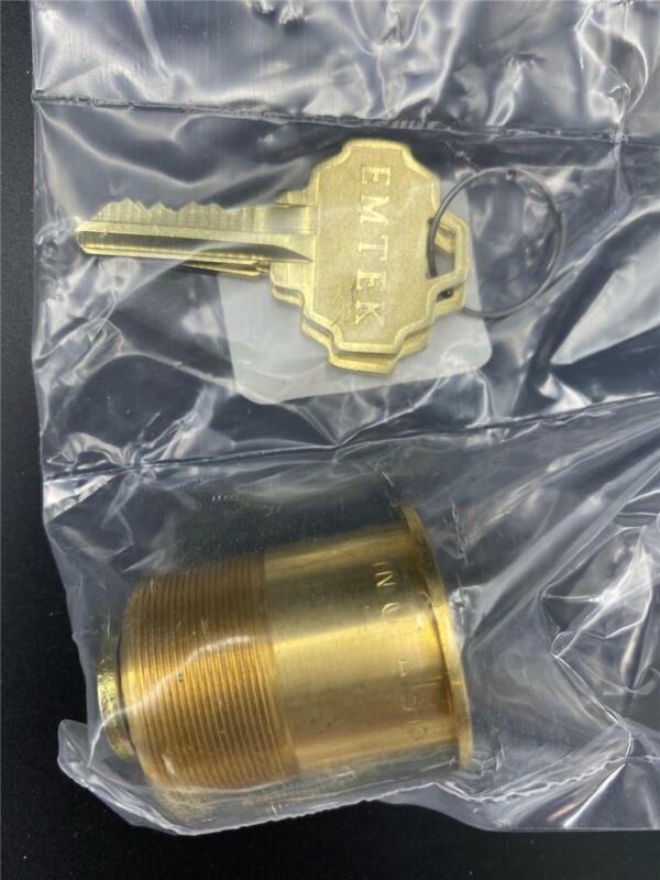 NEW Emtek Cylinder Lock Brass With 2 Keys S15