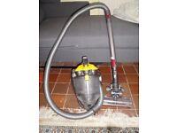 1 day sale ,dyson dc19 T2 , great suction , clean , with large turbine brush head