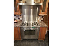 Hotpoint EG900XS 90cm Dual Fuel Range Cooker with hood