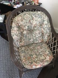 Amazing bamboo armchair with fitting cusions - upcycling opportunity!