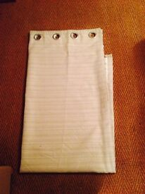 Light beige lined curtains