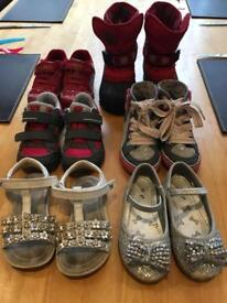 Girls/toddler SIZE 6 shoes