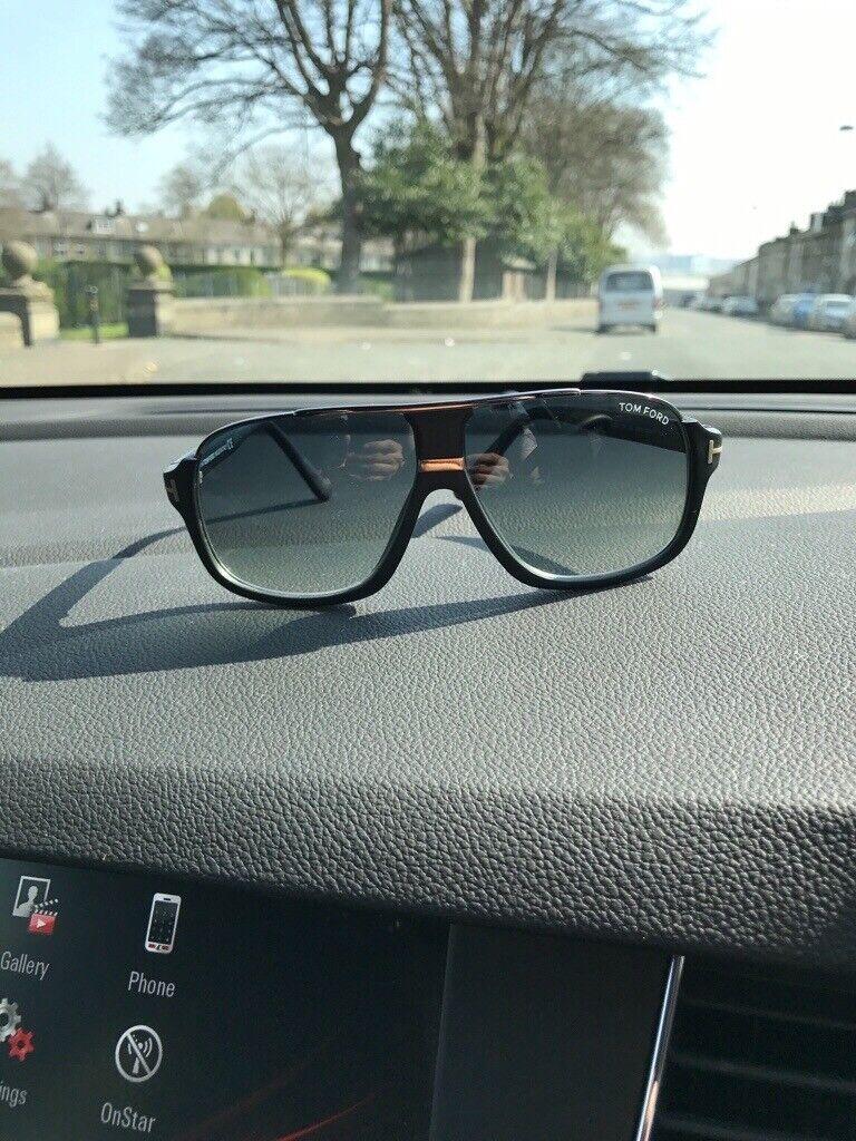 f9a6619e7417 Tom Ford Elliot Sunglasses - Matte Black  Gradient