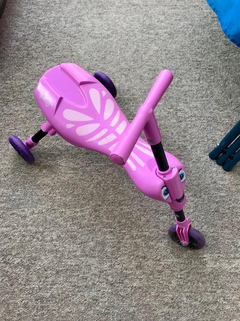 Pink scuttle big