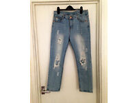 **BRAND NEW WITH TAGS** Womens size 8 light blue ripped denim jeans