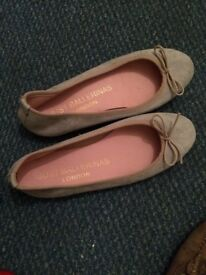 grey suede ballerina flats in 9.9/10 new