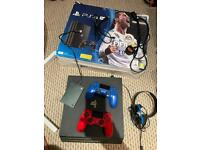 PS4 2tb with 2x controllers headset