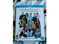 Modern Family Season 4 Blu ray