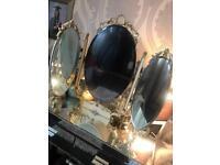 Vintage cream three sided mirror