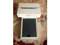 apple ipad air 1 wifi and celleular 3g/4g 16 gb white like new at bargain price