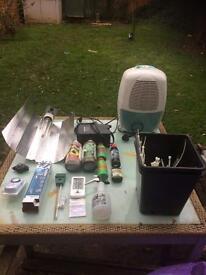 Hydroponic grow equipment