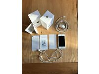 Apple iPhone 5s 16gb UNLOCKED, Silver with box and all accessories in full working order £150 ono