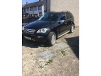 Mercedes ML 320 Auto Jeep Sport Model Every Factory Option on this Jeep