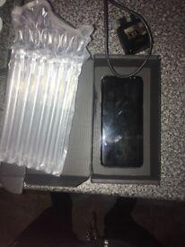 S8 plus grey 64gb 3 week old