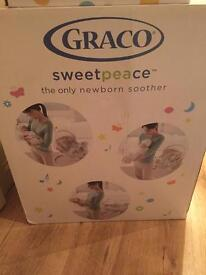 NEW IN BOX GRACO SWEETPEACE SOOTHER