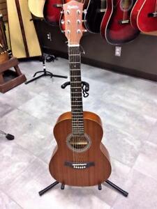 Guitare acoustique 3/4 Madera ''The Little Traveller'' Acajou ***Produit Neuf*** #F026728