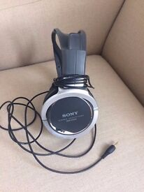 Sony MDR-XD200 Stereo Headphones Silver/Black