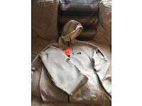 Northface tracksuit brand new size large in grey £45