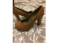 Kitsch couture tan heels
