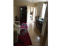 A SPACIOUS DOUBLE ROOM TO RENT IN EASTHAM - CLOSE TO EASTHAM UNDERGROUND