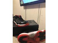 Jordan retro 11 true reds uk 13 RARE!!