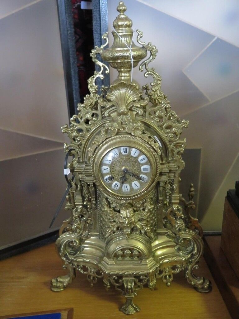 A Large Solid Brass Mantle Clock ,Can Deliver