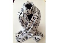 5x Assorted Scarves 145cm x 35cm - Brand New